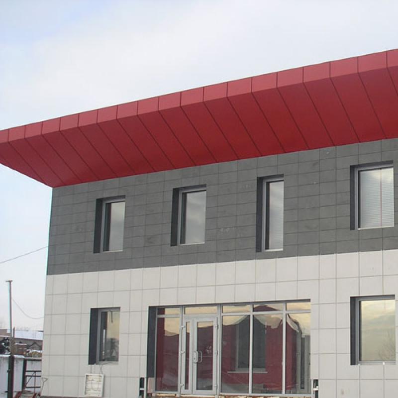 Фасад керамогранит два цвета